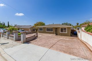 Photo 2: SPRING VALLEY House for sale : 3 bedrooms : 936 Sacramento Ave
