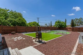 Photo 20: SPRING VALLEY House for sale : 3 bedrooms : 936 Sacramento Ave