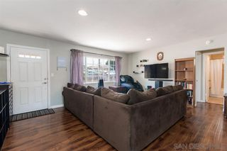 Photo 5: SPRING VALLEY House for sale : 3 bedrooms : 936 Sacramento Ave
