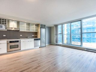 Photo 4: 309 168 POWELL STREET in Vancouver: Downtown VE Condo for sale (Vancouver East)  : MLS®# R2439616