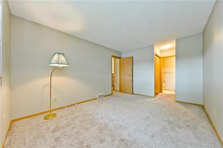 Photo 11: 132 DEER RIDGE Close SE in Calgary: Deer Ridge Semi Detached for sale : MLS®# C4303155