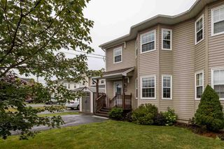 Main Photo: 57 Yoon Court in Timberlea: 40-Timberlea, Prospect, St. Margaret`S Bay Residential for sale (Halifax-Dartmouth)  : MLS®# 202016772