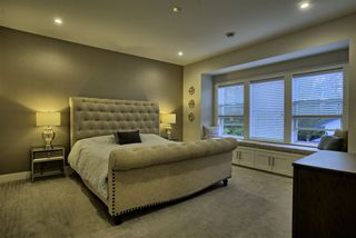 Photo 13: 15561 20 Avenue in Surrey: King George Corridor House for sale (South Surrey White Rock)  : MLS®# R2498952