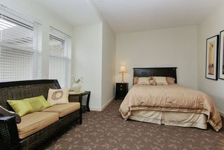 """Photo 43: 305 33318 E BOURQUIN Crescent in Abbotsford: Central Abbotsford Condo for sale in """"Nature's Gate"""" : MLS®# R2515810"""