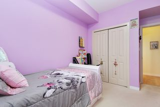"""Photo 34: 305 33318 E BOURQUIN Crescent in Abbotsford: Central Abbotsford Condo for sale in """"Nature's Gate"""" : MLS®# R2515810"""