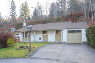 Main Photo: 2927 JulieAnn Pl in : La Goldstream House for sale (Langford)  : MLS®# 863620