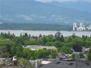 Photo 4: 3841 W 13TH Avenue in Vancouver: Point Grey House for sale (Vancouver West)  : MLS®# V894482