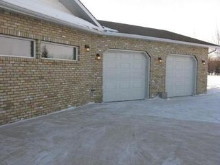 Photo 2: 662 CHURCH RD in Winnipeg: Residential for sale (St Andrews)  : MLS®# 1103658