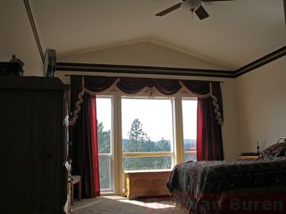 Photo 7: 328 Basalt Drive in Logan Lake: House for sale : MLS®# 108339