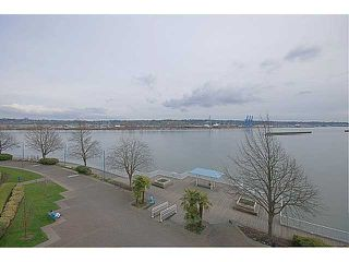 Photo 1: 409 12 K de K Court in New Westminster: Quay Condo for sale : MLS®# V939270