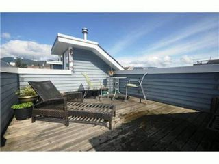 Photo 9: 4 227 E 11TH Street in North Vancouver: Central Lonsdale Townhouse for sale : MLS®# V1001342
