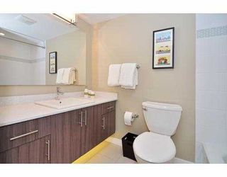 Photo 3: 227 588 East 5th Avenue in Vancouver: Mount Pleasant VE Condo for sale (Vancouver East)  : MLS®# v1002499