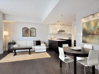 Main Photo: 2325 ASH ST in Vancouver: Fairview VW Condo for sale (Vancouver West)  : MLS®# V1021388