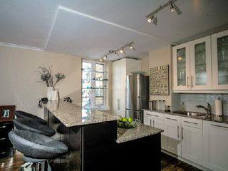 Photo 3: 2 707 W Eglinton Avenue in Toronto: Forest Hill South Condo for sale (Toronto C03)  : MLS®# C2840462