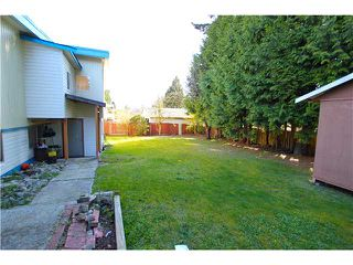 Photo 15: 2031 YEOVIL Avenue in Burnaby: Montecito House for sale (Burnaby North)  : MLS®# V1056163