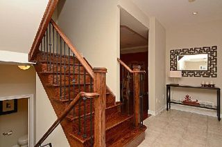 Photo 2: 64 The Fairways in Markham: Angus Glen House (2-Storey) for sale : MLS®# N2887084