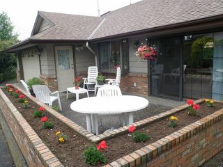 Photo 2: 695 MCKENZIE Road in Abbotsford: Poplar House for sale : MLS®# F1415231