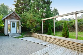 "Photo 33: 12363 NEW MCLELLAN Road in Surrey: Panorama Ridge House for sale in ""Panorama Ridge"" : MLS®# F1424205"