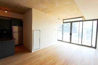 Photo 3: 18 95 Bathurst Street in Toronto: Waterfront Communities C1 Condo for lease (Toronto C01)  : MLS®# C3122316
