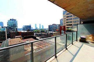 Photo 1: 18 95 Bathurst Street in Toronto: Waterfront Communities C1 Condo for lease (Toronto C01)  : MLS®# C3122316
