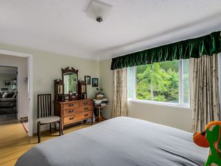 Photo 15: 395 N GLYNDE Avenue in Burnaby: Capitol Hill BN House for sale (Burnaby North)  : MLS®# V1130942