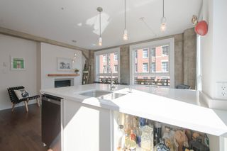 """Photo 12: 209 1216 HOMER Street in Vancouver: Yaletown Condo for sale in """"THE MURCHIES BUILDING"""" (Vancouver West)  : MLS®# R2003084"""