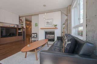 "Photo 6: 209 1216 HOMER Street in Vancouver: Yaletown Condo for sale in ""THE MURCHIES BUILDING"" (Vancouver West)  : MLS®# R2003084"