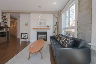 "Photo 5: 209 1216 HOMER Street in Vancouver: Yaletown Condo for sale in ""THE MURCHIES BUILDING"" (Vancouver West)  : MLS®# R2003084"