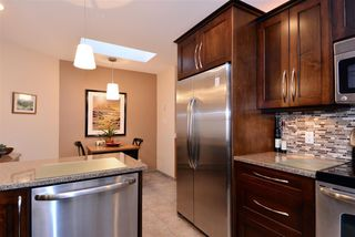 "Photo 4: 302 1440 GEORGE Street: White Rock Condo for sale in ""Georgian Square"" (South Surrey White Rock)  : MLS®# R2022252"