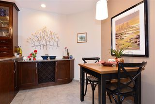 "Photo 5: 302 1440 GEORGE Street: White Rock Condo for sale in ""Georgian Square"" (South Surrey White Rock)  : MLS®# R2022252"