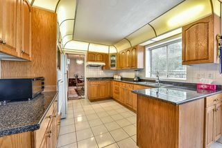 Photo 7: 13678 58TH Avenue in Surrey: Panorama Ridge House for sale : MLS®# R2036033