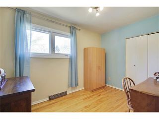 Photo 16: 129 FAIRVIEW Crescent SE in Calgary: Fairview House for sale : MLS®# C4062150