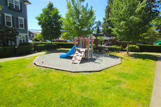 "Photo 17: 38 2495 DAVIES Avenue in Port Coquitlam: Central Pt Coquitlam Townhouse for sale in ""ARBOUR"" : MLS®# R2068269"