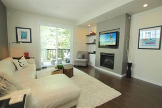 "Photo 2: 38 2495 DAVIES Avenue in Port Coquitlam: Central Pt Coquitlam Townhouse for sale in ""ARBOUR"" : MLS®# R2068269"
