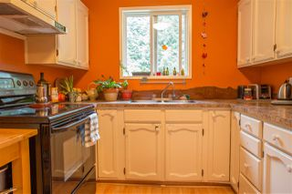 Photo 2: 41830 HOPE Road in Squamish: Brackendale House for sale : MLS®# R2069718