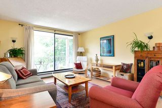 """Photo 3: 206 1740 SOUTHMERE Crescent in Surrey: Sunnyside Park Surrey Condo for sale in """"Spinnaker"""" (South Surrey White Rock)  : MLS®# R2072461"""