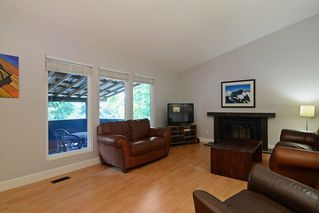 Photo 8: 296 MARINER Way in Coquitlam: Coquitlam East House for sale : MLS®# R2079953