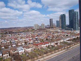 Photo 5: 2409 3985 Grand Park Drive in Mississauga: City Centre Condo for sale : MLS®# W3529800