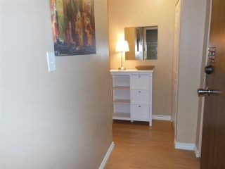 """Photo 2: 301 360 E 2ND Street in North Vancouver: Lower Lonsdale Condo for sale in """"Emerald Manor"""" : MLS®# R2084102"""