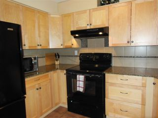 """Photo 5: 301 360 E 2ND Street in North Vancouver: Lower Lonsdale Condo for sale in """"Emerald Manor"""" : MLS®# R2084102"""