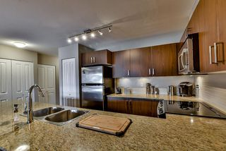 Photo 12: 429 8915 202 Street in Langley: Walnut Grove Condo for sale : MLS®# R2084167