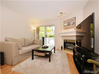 Photo 4: 110 494 Marsett Pl in VICTORIA: SW Royal Oak Condo for sale (Saanich West)  : MLS®# 737106