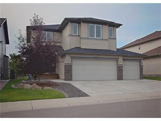 Photo 2: 135 DRAKE LANDING Manor: Okotoks House for sale : MLS®# C4073108