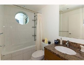 Photo 7: 1506 1005 BEACH Ave: West End VW Home for sale ()  : MLS®# V667512