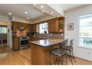 Photo 4: 12958 SOUTHRIDGE Drive in Surrey: Panorama Ridge House for sale : MLS®# R2114731
