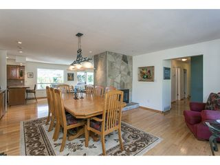 Photo 9: 12958 SOUTHRIDGE Drive in Surrey: Panorama Ridge House for sale : MLS®# R2114731