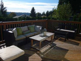 Photo 3: 727 APPLEYARD Court in Port Moody: North Shore Pt Moody House for sale : MLS®# R2116567