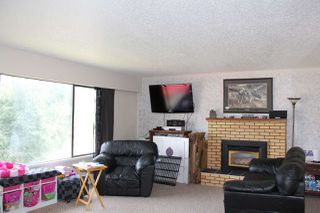 Photo 4: 210 4TH Avenue in Hope: Hope Center House for sale : MLS®# R2126811