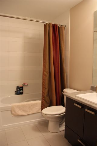 "Photo 4: 213 18818 68 Avenue in Surrey: Clayton Condo for sale in ""Calera"" (Cloverdale)  : MLS®# R2127591"