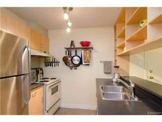 Photo 6: 70 Plaza Drive in Winnipeg: Fort Garry Condominium for sale (1J)  : MLS®# 1701334